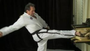 Sr. Master Martin pressing kick